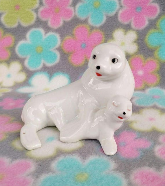 Vintage 1960's Ceramic Seal Mommy and Baby Figurine