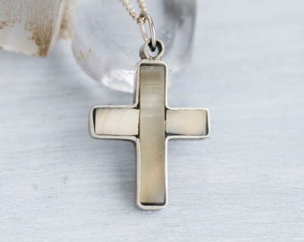 Agate Stone Cross Necklace - Reversible Black and White - Vintage Pendant on Chain Necklace - Religious Jewelry