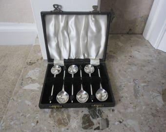 Boxed Set of Six Coffee Bean Spoons, Pegman EPNS Silver Plated Spoons
