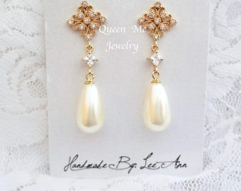 Pearl earrings - Gold pearl earrings, pearl drop earrings - Brides earrings, Gold pearl wedding earrings, Swarovski pearls earrings