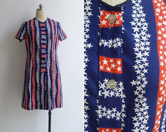10-25% OFF Code In Shop - Vintage 70's 'Stars & Stripes' Patriotic Button Front Shift Dress M