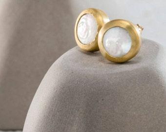 Pearl Gold Studs, Stud Earrings ,Round Earrings ,Earrings Stud, Pearl Earrings, 22k Solid Gold Earrings, Stone Earrings, Pearl Stud Earrings