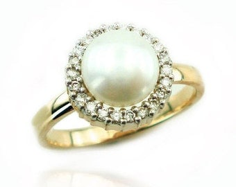 Pearl Engagement Ring, Unique Pearl Ring, June BirthStone, Bridal Jewelry, Pearl and Diamond Ring, Unique engagement, Fast Free Shipping