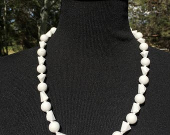 Vintage WEST GERMANY White Plastic Bead Necklace - White Geometric Bead Necklace - Midcentury Beaded Necklace - Wilma Flintstone - 25 Inches