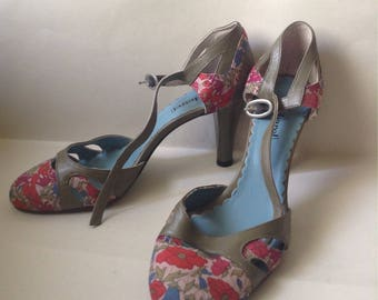 SALE-Cacharel Leather & Fabric High Heel Shoes, floral pattern, olive green leather, layaway available, EU 39, U.S. 8 to 8 1/2, Greece