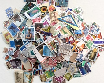 100's of USA and Worldwide Postage Stamps, Cancelled, Huge Lot