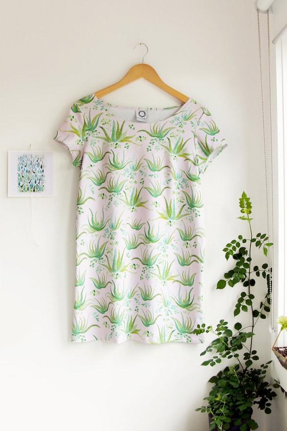 Aloe Vera Short Sleeved Shift Dress in Organic Cotton Jersey. Succulent Dress. Mini Dress. Tunic Dress. Quirky Dress. Mod dress. Retro Dress