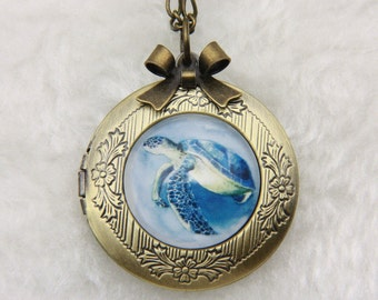 Necklace locket turtle 2020m