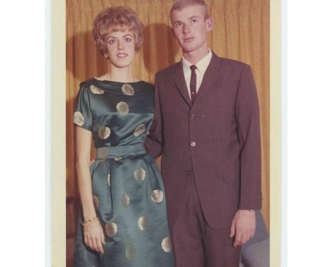 1962 Kodacolor Print Vintage Snapshot Photo: Young couple  (75582)