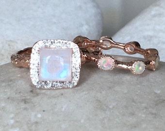 Rose Gold Moonstone Bridal Set Ring- Tree Branch Engagement Ring- NonTraditional Alternative Engagement Ring- Stackable June Birthstone Ring