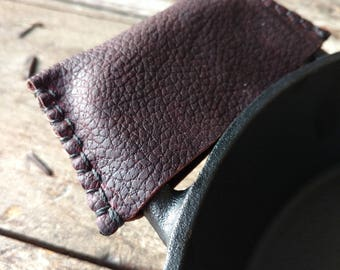 Leather Side Handle Cover - Cast Iron Sleeve // Kitchen // Leather Goods // Housewares // Bushcraft // Campfire Cooking // Pot Holder