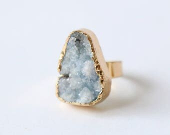 Raw crystal ring, Blue Druzy Agate Ring adjustable,raw quartz ring,gemstone ring,statement ring, forefinger ring, druzy ring, druzy jewelry