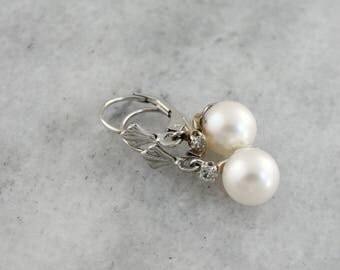 Paper White and Diamonds: Diamond and Pearl Drop Earrings with White Gold Lever Backs, 8Y6ZC8-N