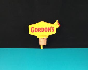 Vintage Liquor Bottle Spout GORDON'S GIN 1950's 1960's Bottle Topper