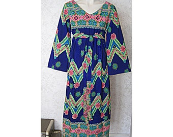 Vintage Kamehameha Dress / 1960s Vintage Maxi Dress