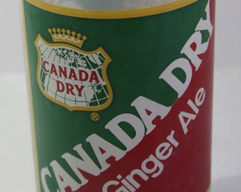 Scarce vintage Canada Dry ginger ale advertising cocktail glass