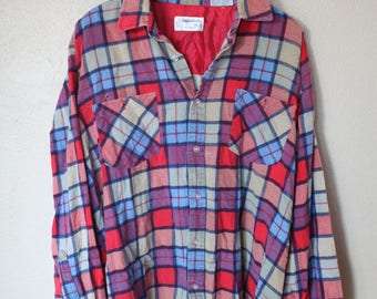 vintage distressed plaid checkered lumberjack flannel button up shirt