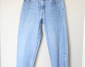vintage 1980's high rise  levis 550 mom  jeans denim 30
