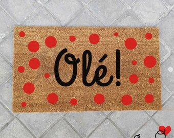 """Olé"" doormat with Flemish polka dots"
