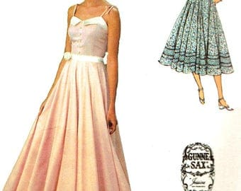 Vintage 1970s Sewing Pattern Simplicity 9008 Misses' Jessica McClintock Design For Gunne Sax Maxi And Shorter Length One Piece Summer Dress