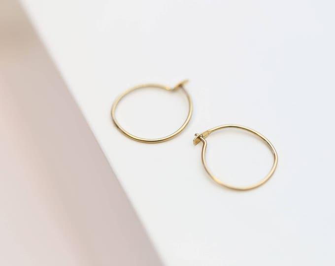 Small Wire Hoop Earrings  // Hoop earrings