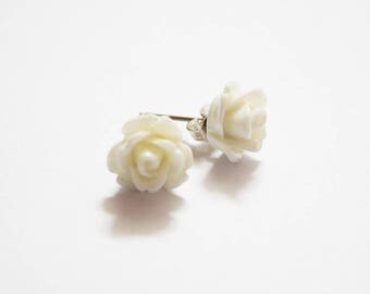 Super Cute White Rose Design Silver Plated Stud Earrings