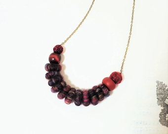 Maroon Fibre Necklace. Yarn Fiber Necklace. Handmade Beads. Deep Red Necklace. Yarn and Polymer Clay Beads. Chunky Lightweight. Burgundy.