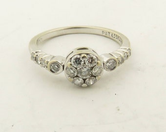 Vintage 14 kt White Gold & Diamond Cluster Engagement Ring / Sz: 7.