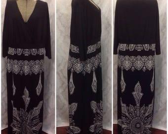 Plus size/ Maxi dress/ black dress/ evening wear
