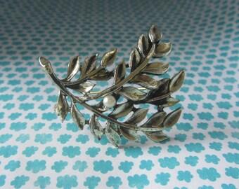 Vintage silver & PEARL leaf brooch pin,  leaf brooch,  pearl brooch, Vintage brooch pin,  leaf pearl brooch pin