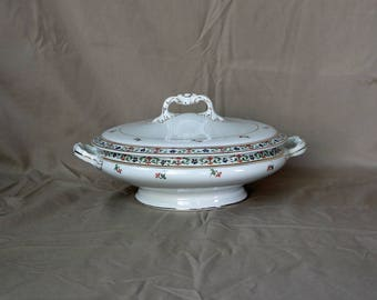 John Maddock & Sons Ltd ~ Round Covered Vegetable Bowl ~ MAD6 Pattern ~ Serving Bowl with Lid