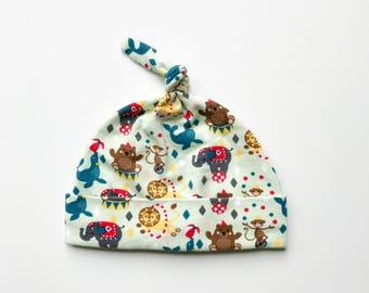 organic knottie baby hat | circus party