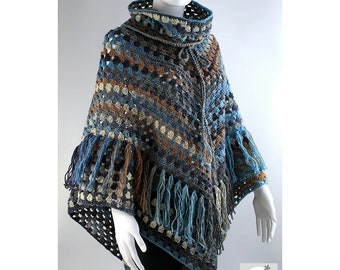 Crochet poncho with removable collar and fringes, wool poncho, crochet poncho, hand made poncho..
