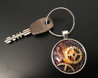 Key Chain - Steampunk Image under glass dome.