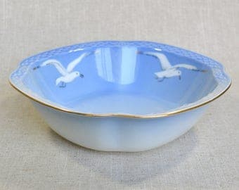 Seagull Serving Bowl by B&G Denmark