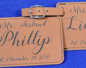 Wedding Gifts ~ Bridal Shower Gifts ~ Mr and Mrs Gift ~ Luggage Tag ~ Leather Tag ~ Bride And Groom Gift ~ Wedding Gift ~ Gift For Couple ~