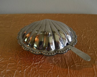 Vintage Clam Shell Silverplate Dish with Glass Insert and Knife