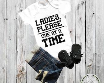 Baby onesie® Baby Shower Gift Ladies, please one at a time funny onesie® Funny baby shower Baby Boy Ladies Man Baby Clothing Newborn onesie®