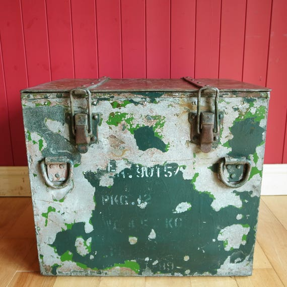 Vintage Industrial Chest Coffee Table Tv Stand Reclaimed Military Insulated Metal Box Mid Century Retro Storage Trunk + Drinks Chiller!