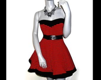 Betsey Johnson Fit Flare Striped Red Black Pockets Strapless Sundress M