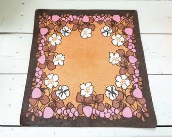 Vintage table cloth, square tablecloth, mid century modern, vintage decor, cotton tablecloth, retro fabrics, cottage chic, orange, pink