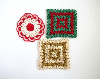 Christmas Pot Holders, Kitchen Decor, Christmas Crochet, Vintage Crochet Pot Holders