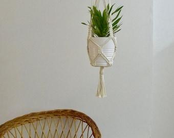"""Macrame door hanging plant, model """"Arizona Road"""""""