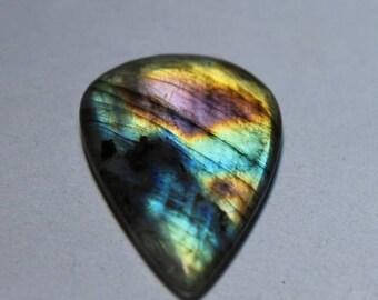 Labradorite cabochon 27Cts.[32 x 22]mm #4293