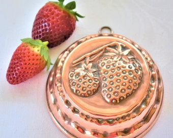 Small vintage French decorative  copper strawberry  jelly mould