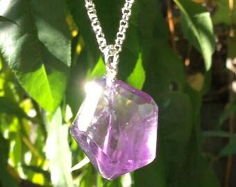 Stylish Amethyst Pendant Necklace!