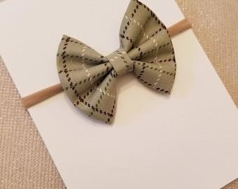 Green Plaid Bow