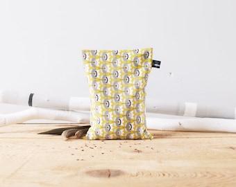 Bouillotte sèche graines de lin / Instant cocooning / Naturelle et écologique / Résistante / Coton à fleurs géométriques