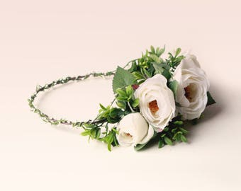 White rose woodland crown, Real touch flowers and greenery, Artificial floral head wreath, Bridal hair crown, Light ivory flower wreath