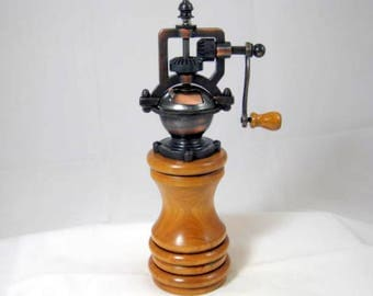Pepper Mill Antique Style Handmade Cherry Wood Antique Cooper Mechasim